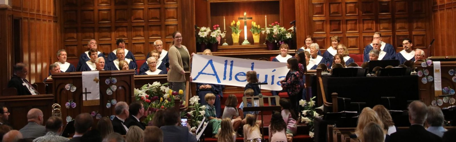 Bay Shore Community Congregational Church (UCC) in Long Beach, CaliforniaEaster Worship Service with Alleluia banner at