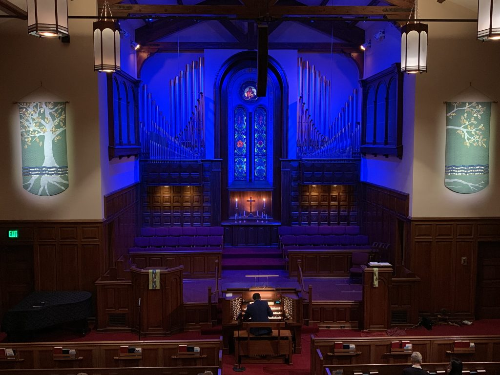 Concert featuring Bay Shore Church's majestic pipe organ.